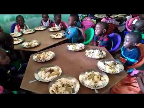 Hora da refeição - Guiné Bissau - PAMIC