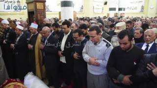 بالفيديو : القيادات التنفيذية بالإسكندرية تتقدم جنازة قائد كمين النقب
