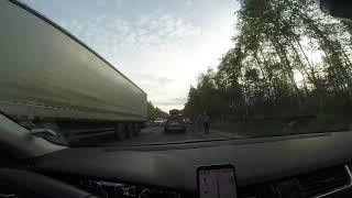 Смотреть видео Дтп на трассе Санкт-Петербург - Псков онлайн