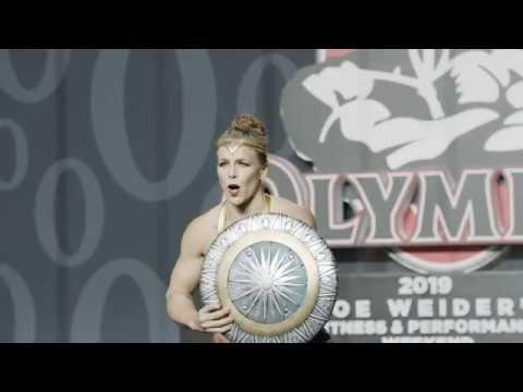 Wonder Woman Pole Dance - Dineke Minten in OG Pole at Olympia (2019)