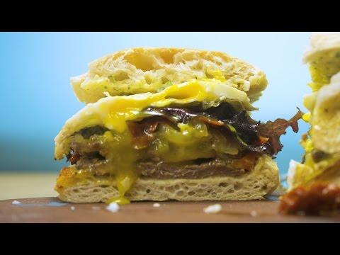 Sandwich de Carne y Cebolla Caramelizada | Recetas Rápidas