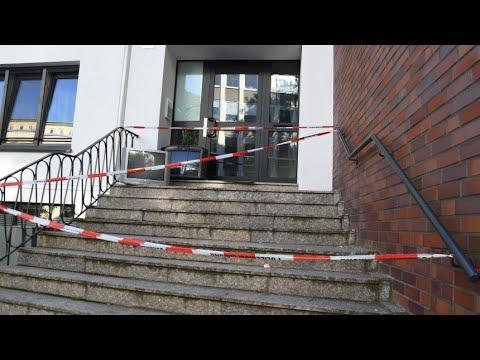 Bundeskriminalamt: Fast jeden Tag ein Anschlag auf ein Asylbewerberheim - - Poli... Deutschland News
