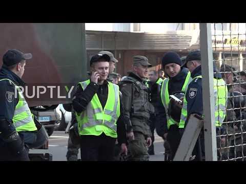 Ukraine: Citizens against gov. corruption unite in tent city next to parliament