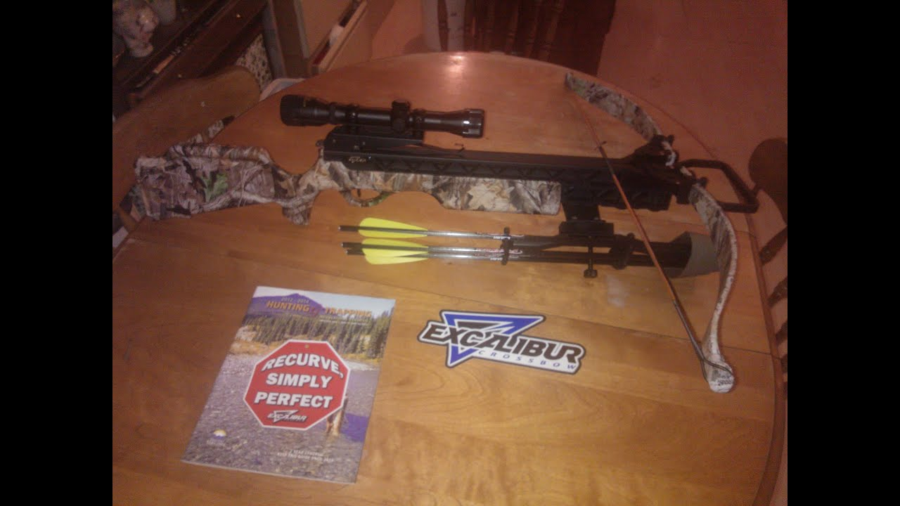 Crosman Youth Hawksbill Long Bow with Start-Up Kit
