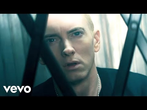 Eminem - The Monster (Explicit) ft. Rihanna:歌詞+中文翻譯