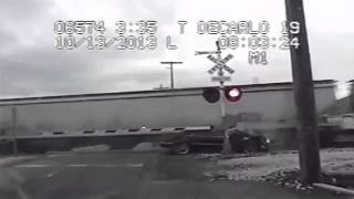 Utah Police Chase - Fleeing Suspect gets struck by train [NEW VIDEO] 10/13/2013