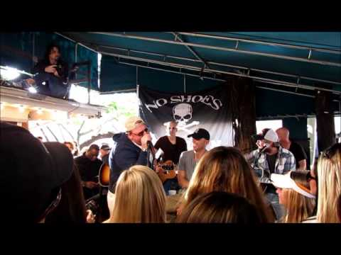 Kenny Chesney LIVE Hogs Breath Saloon ~ Key West 2013