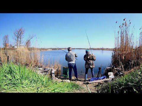 Решила сменить поплавок на фидер и пошла жара! Рыбалка  на карася.