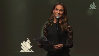 Alicia Vikander acceptance speech (with english subtitles) at Goteborg Film Festival 26 jan 2018