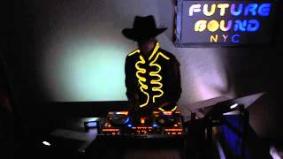 Futurebound NYC: Deephouse, Techno and Techhouse DJ Mix. November 16th 2012 (3/3)