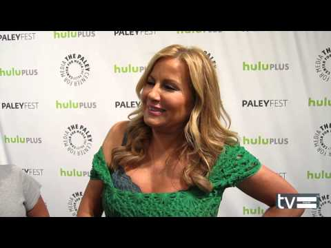 "2 Broke Girls Season 2 Interview: Jennifer Coolidge ""Sophie"""