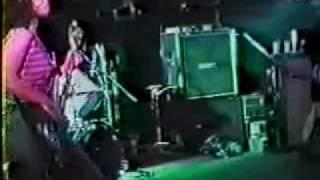Babes in Toyland - Boto W/Rap - live Toronto 1990
