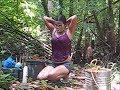 BEAUTIFUL FILIPINO GIRL BATHING OUTSIDE Philippines Expat Foreigner