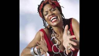 Watch Dee Dee Bridgewater Foggy Day video