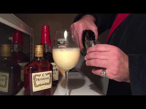 Best Holiday Eggnog Recipe