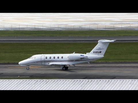 Private Cessna 650 Citation VI ✈ Landing and Taxi at Auckland Airport