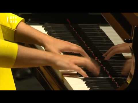 """The Jazz Party""- Lisa Smirnova plays Gershwins Rhapsody in Blue"