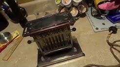 """1915 Landers Frary & Clark """"Universal"""" E945 Toaster"""