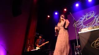 Beth Hart - Lifts You Up - 10/23/14 Newton Theatre -NJ