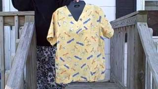 Loony Tunes Tweety Bird Scrub Top Short Sleeve 3 Pocket V-Neck Pullover size S