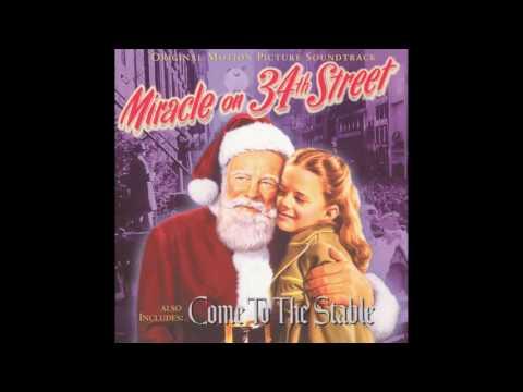Miracle On 34th Street | Soundtrack Suite (Cyril J. Mockridge)