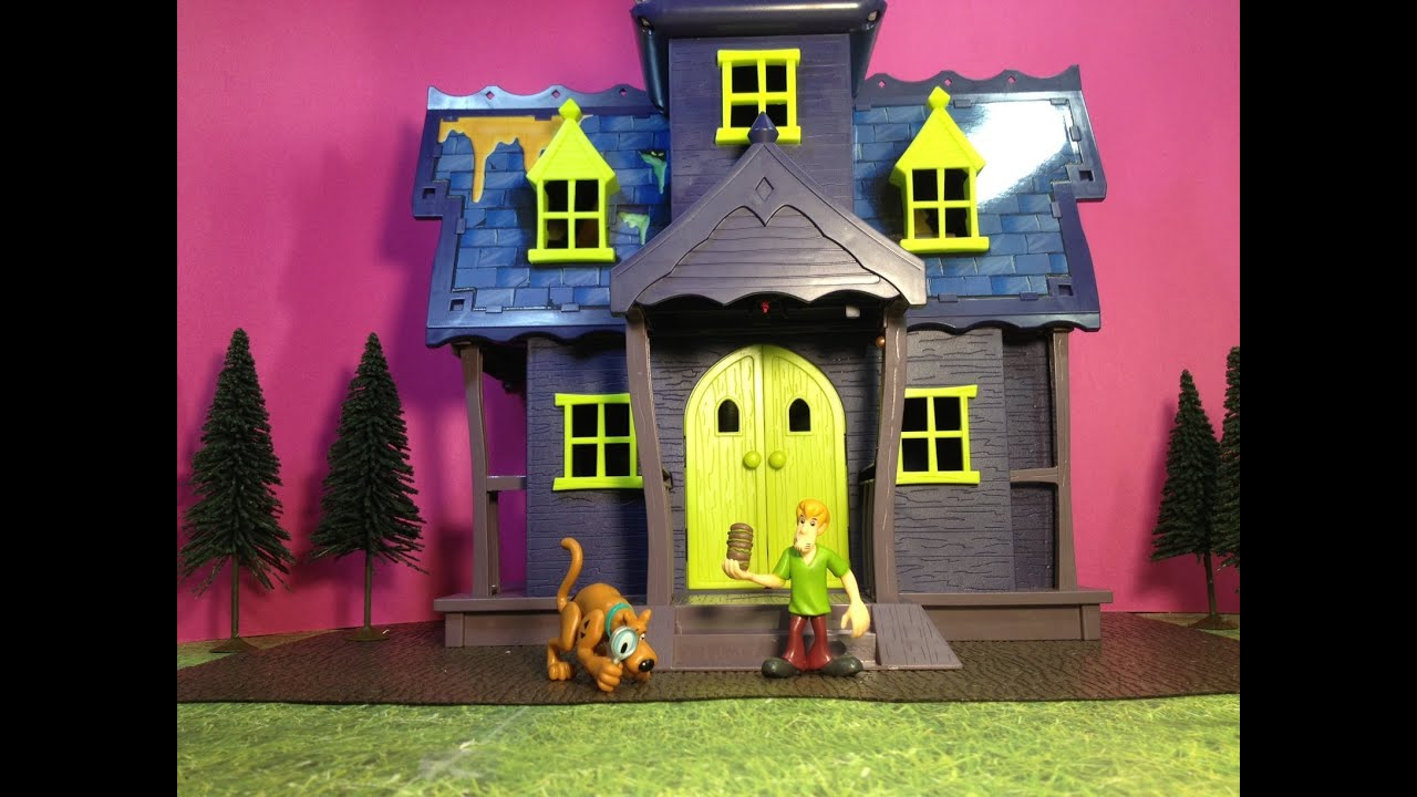 Toys For House : Scooby doo mystery mansion haunted house toy parody video
