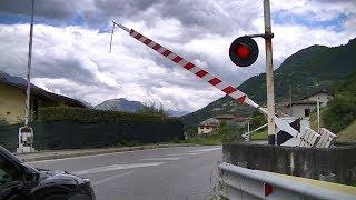 Spoorwegovergang Pisogne (I) // Railroad crossing // Passaggio a livello