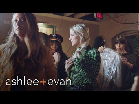 "Ashlee Simpson-Ross Thinks Live Performance Is a ""Gamble"" | Ashlee+Evan | E!"