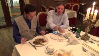 Салаты и горячие блюда в Отеле-Ресторане Брайтон(Мы с Сергеем Симоновым посетили Отель-ресторан Брайтон и сделали обзор на некоторые блюда. Официальный..., 2014-03-10T14:11:24.000Z)