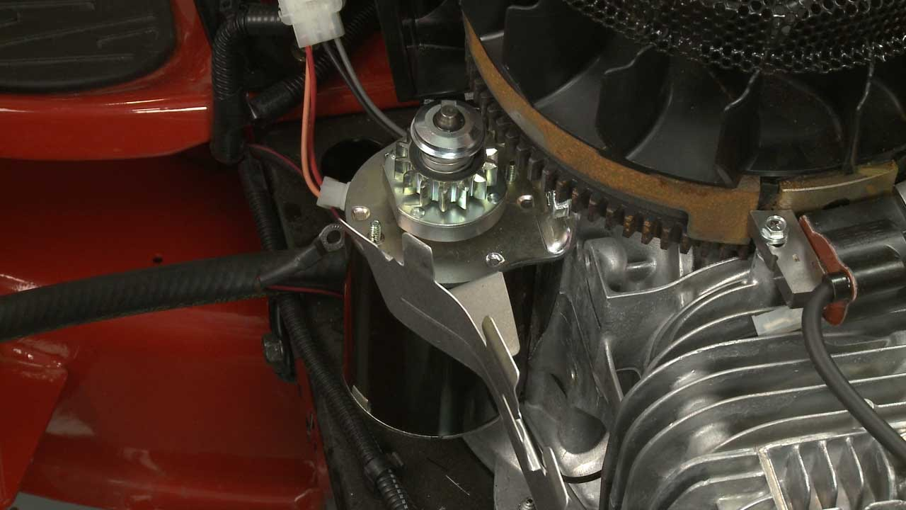 Briggs & Stratton Riding Mower Engine Starter Motor #693551  YouTube