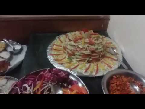 Lunch at Hotel Tea County in Munnar (Kerala) | Heena Tours