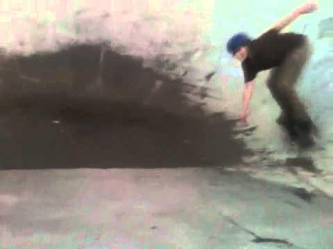 Pool skating splash ( DNA)