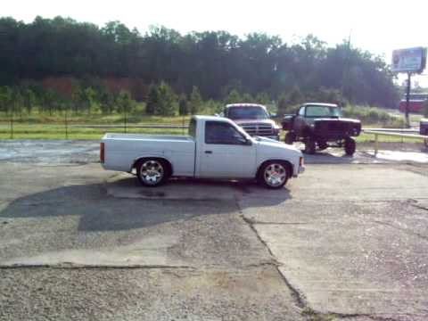 Turbo Nissan Hardbody Burnout
