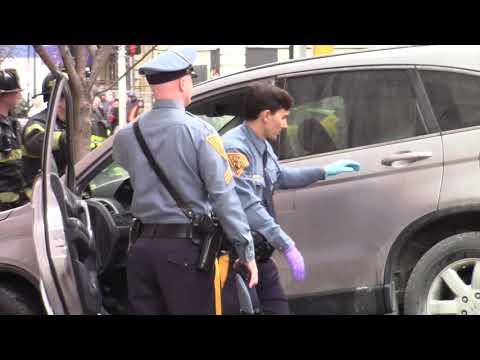 Woman crashes car into NJ Motor Vehicle Commission
