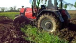 traktory w błocie