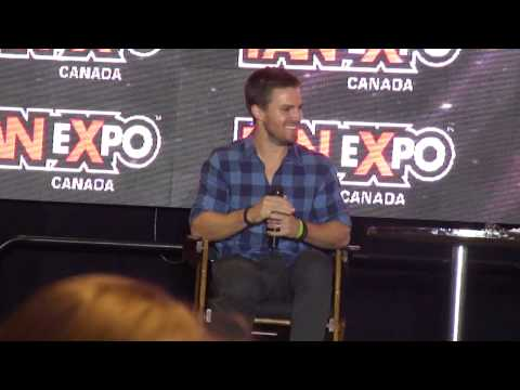Stephen Amell panel Fan Expo 2014 Part 1