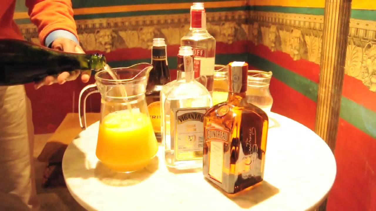 Agua De Valencia En Cafe De Las Horas Youtube