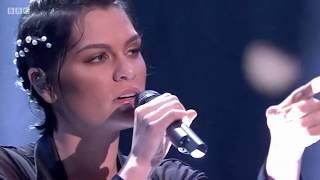 Jessie J –Queen (live on Michael McIntyre's Big Show 02/12/17)