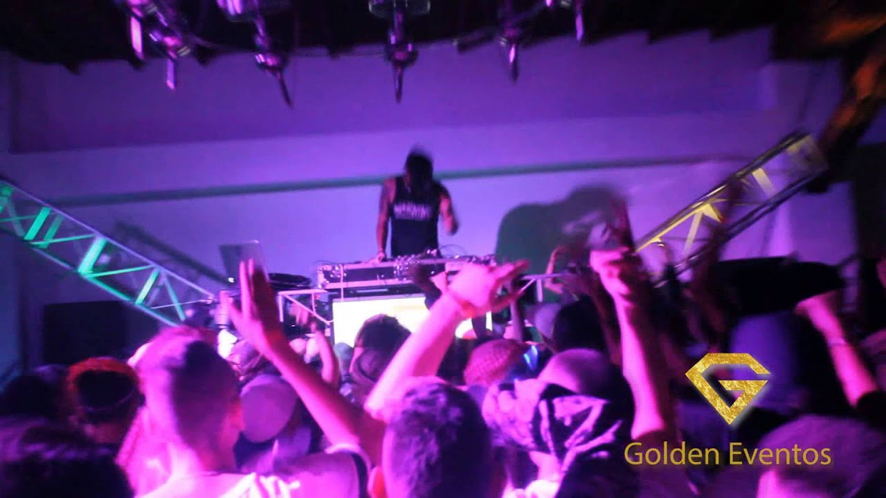 GOLDEN EVENTOS / FIESTA DE DISFRACES 30 DE OCTUBRE 2015 - YouTube