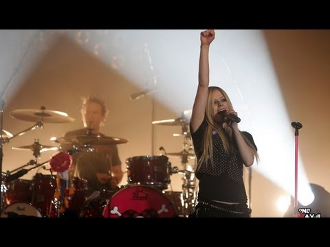 Avril Lavigne - Live In Paris 25/03/2007 - HD 1080p