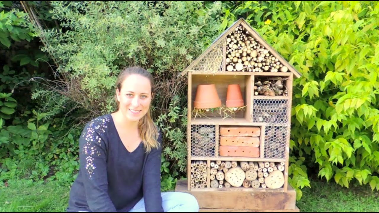 diy h tel insectes building insect hotel youtube. Black Bedroom Furniture Sets. Home Design Ideas
