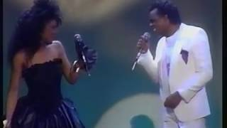 "Angela Winbush & Ron Isley ""Hello Beloved"" + interview"