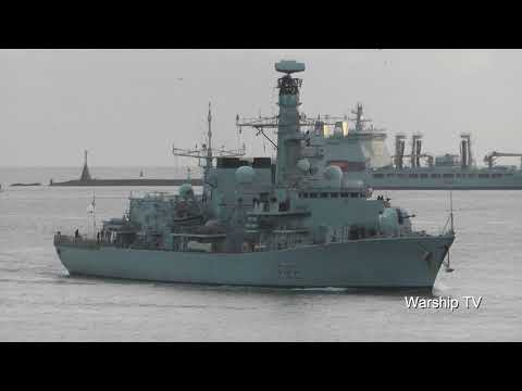 HMS SOMERSET F82 ENTERS DEVONPORT NAVAL BASE AT PLYMOUTH HOE - 26th January 2018