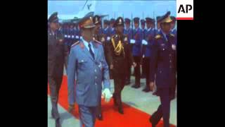 SYND 30 5 73 SHAH OF IRAN MEETS PRESIDENT TITO IN BELGRADE