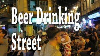 Hooka in Hanoi, beer drinking street and Bun Cha!