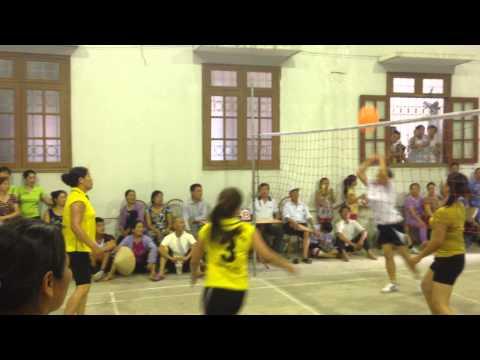 Trận chung kết nữ giải bóng chuyền hơi xã Đức Hòa 2015