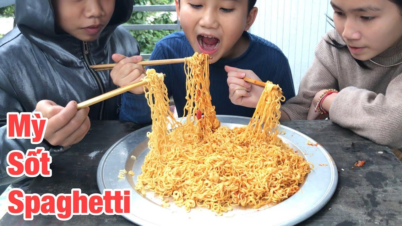 Tuấn Cuốn – Thử Thách Ăn Hết Mâm Mỳ Sốt Spaghetti Nhận 500k Tiền Thưởng