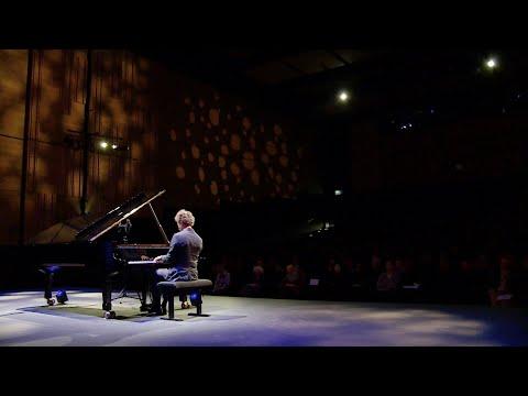Julien Libeer plays Schubert: Piano Sonata in B-flat major