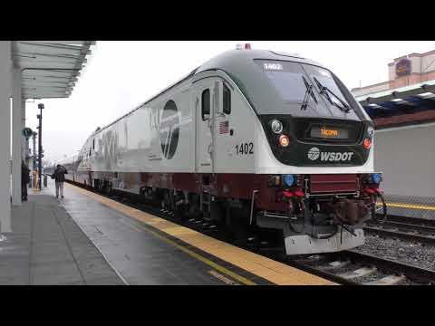 AMTRAK VIP Train @ Freighthouse Station Marketplace, Tacoma, WA 4K