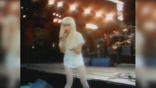Cyndi Lauper - 1990 John Lennon Tribute